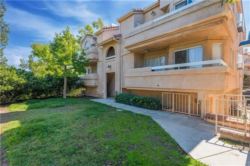 Photo of 19859 Sandpiper Place #116, Newhall, CA 91321 (MLS # SR21223671)