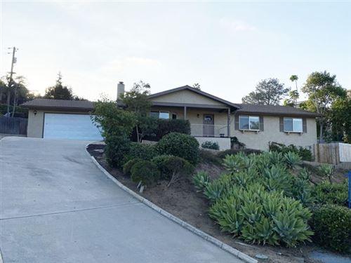 Photo of 1333 Kilby Lane, Vista, CA 92083 (MLS # 200047672)