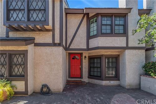 Photo of 11940 Weddington Street #4, Valley Village, CA 91607 (MLS # MB21040673)