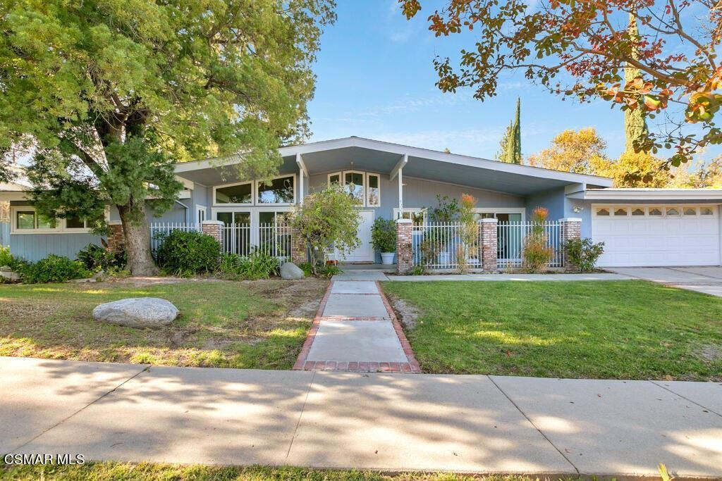 5323 Manton Avenue, Woodland Hills, CA 91367 - MLS#: 221005673