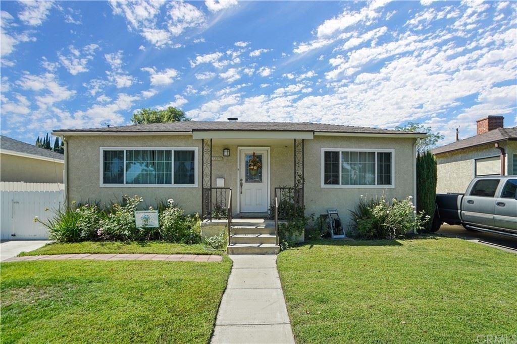 Photo of 419 N Naomi Street, Burbank, CA 91505 (MLS # BB21218673)