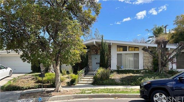 Photo of 23730 Albers Street, Woodland Hills, CA 91367 (MLS # SR21071673)