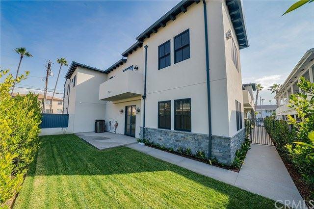 Photo for 111 Vista Del Mar #D, Redondo Beach, CA 90277 (MLS # SB20065675)