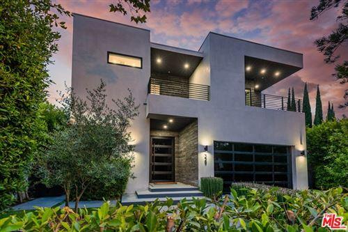 Photo of 329 S Mansfield Avenue, Los Angeles, CA 90036 (MLS # 21679676)