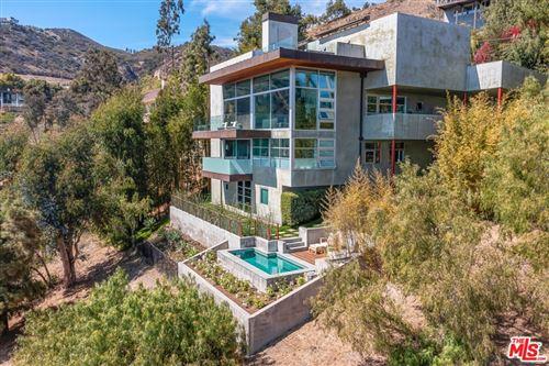 Photo of 21826 Castlewood Drive, Malibu, CA 90265 (MLS # 21747676)