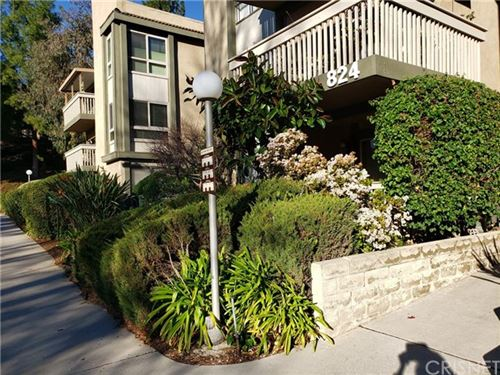 Photo of 824 Pinetree Circle #27, Thousand Oaks, CA 91360 (MLS # SR20263676)