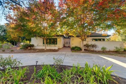 Photo of 12313 Linda Flora Drive, Ojai, CA 93023 (MLS # V1-2676)