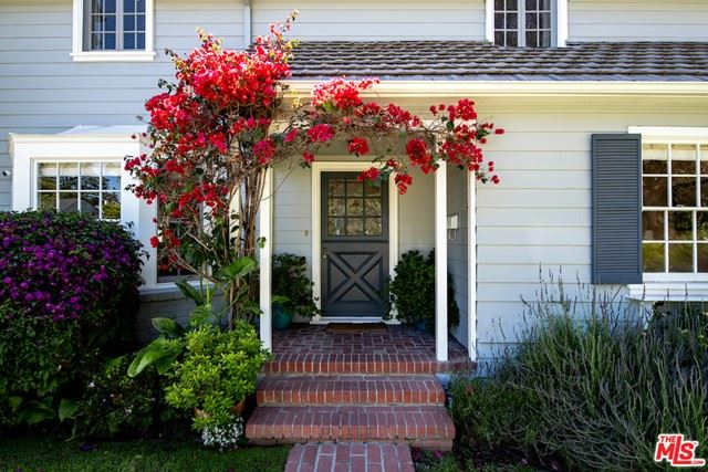 Photo of 4137 Fulton Avenue, Sherman Oaks, CA 91423 (MLS # 21748676)