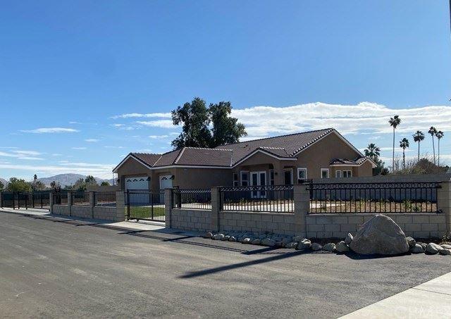 12021 Cactus Avenue, Bloomington, CA 92316 - MLS#: IV21011676