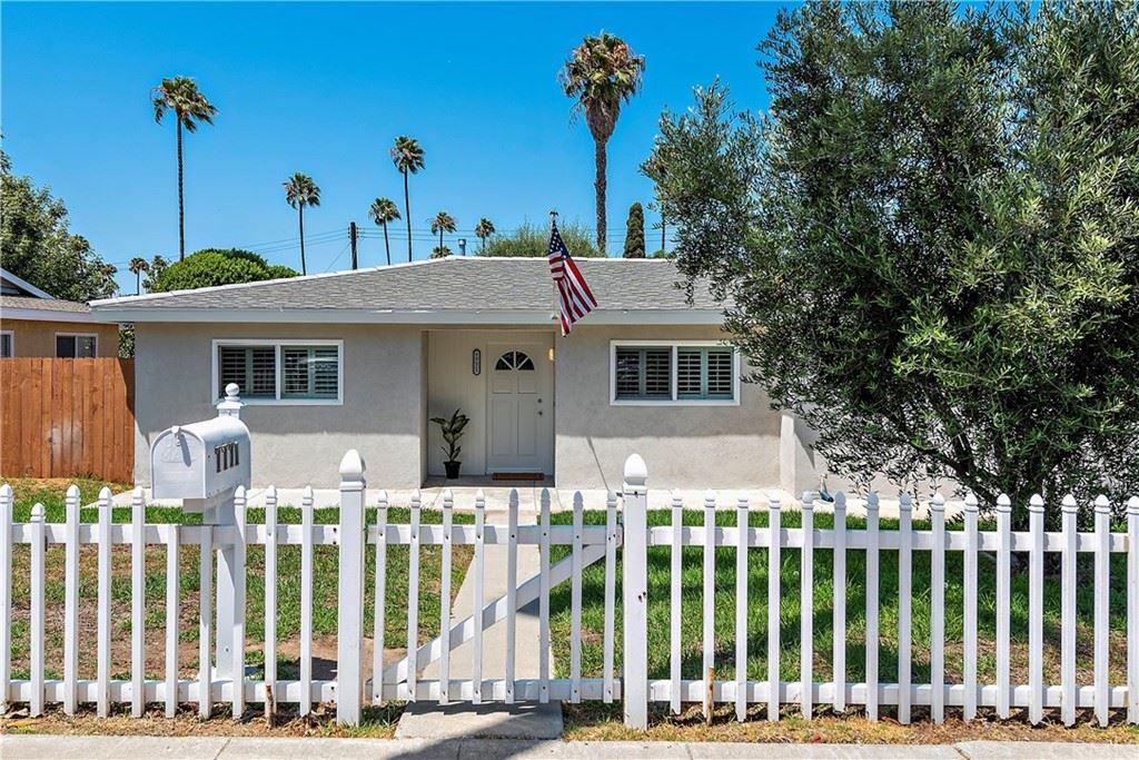 Photo of 7771 Ellis Avenue, Huntington Beach, CA 92648 (MLS # OC21159676)
