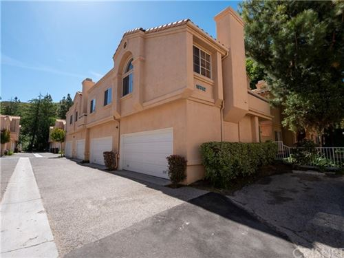 Photo of 18742 Vista Del Canon #F, Newhall, CA 91321 (MLS # SR20099677)
