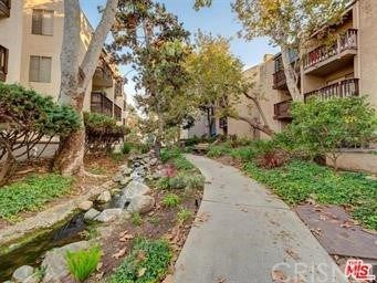 Photo of 8211 Summertime Lane, Culver City, CA 90230 (MLS # SR21042677)