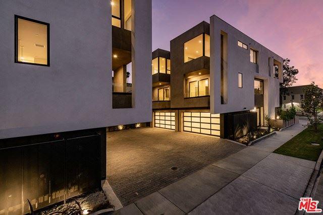 Photo of 6926 CLINTON Street, Los Angeles, CA 90036 (MLS # 20644678)