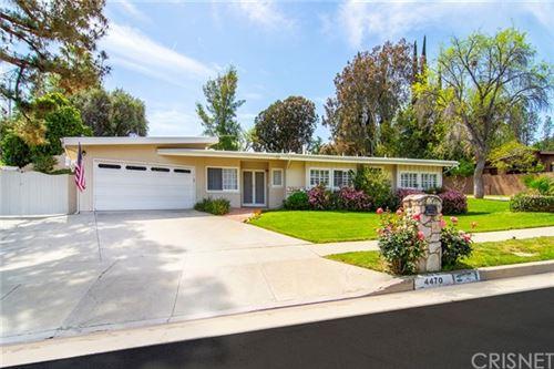 Photo of 4470 Azalia Drive, Tarzana, CA 91356 (MLS # SR21081680)