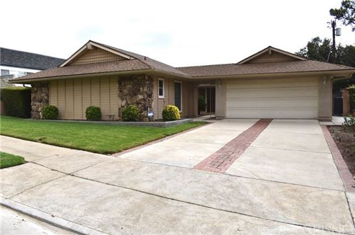 Photo of 13812 Almetz Street, Sylmar, CA 91342 (MLS # SR20235681)
