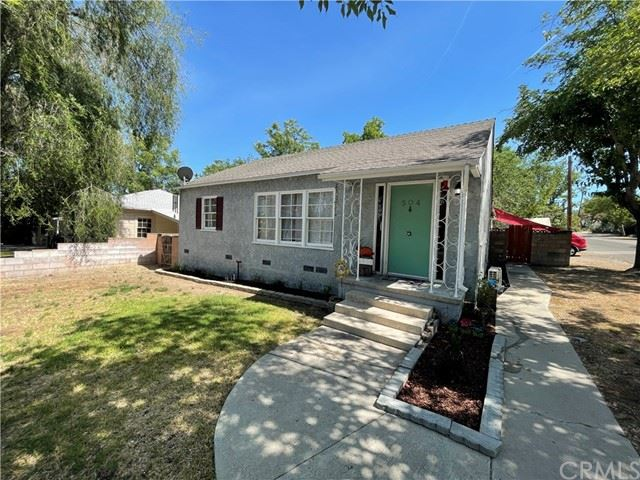 Photo of 504 32nd Street, Paso Robles, CA 93446 (MLS # NS21121681)