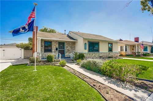 Photo of 4530 E Goldfield Avenue E, Long Beach, CA 90807 (MLS # CV21067682)