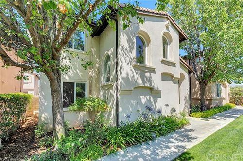 Photo of 21103 Avenida De Sonrisa, Saugus, CA 91350 (MLS # SR20127682)