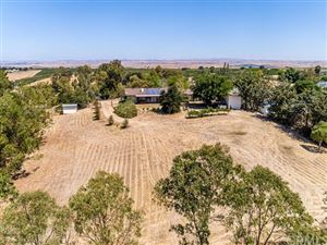 Photo of 5204 Stagg Hill Place, Paso Robles, CA 93446 (MLS # NS19190683)