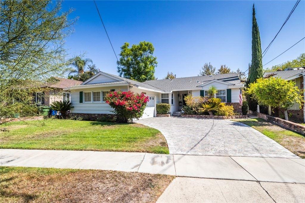 Photo of 6120 Van Noord Avenue, Valley Glen, CA 91401 (MLS # SR21204683)