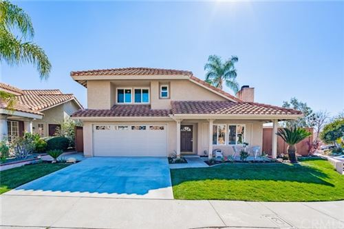 Photo of 4 Via Bellorita, Rancho Santa Margarita, CA 92688 (MLS # LG21017684)
