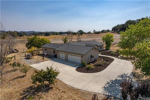 Photo of 14085 Morningside Road, Atascadero, CA 93422 (MLS # NS21207684)