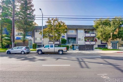 Photo of 6245 Woodman Avenue #207, Valley Glen, CA 91401 (MLS # SR20223684)