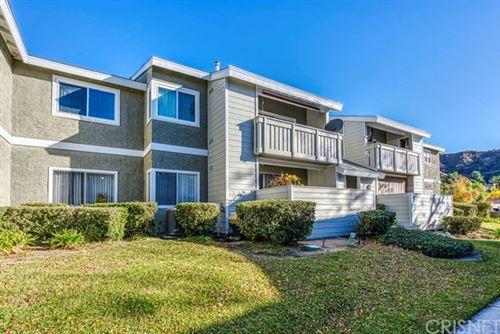 Photo of 27612 Susan Beth Way #K, Saugus, CA 91350 (MLS # SR20237684)