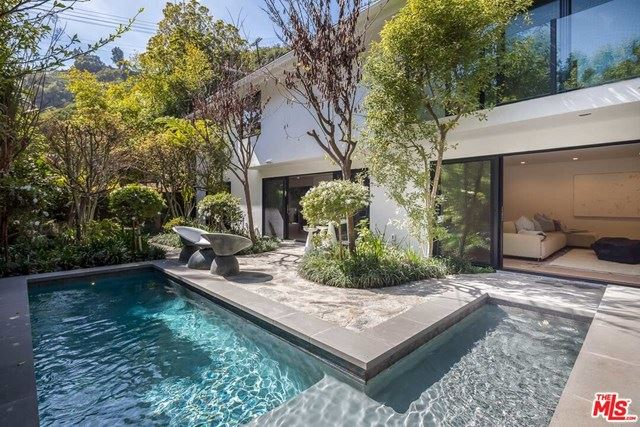 Photo of 1712 BEVERLY Drive, Beverly Hills, CA 90210 (MLS # 20602684)