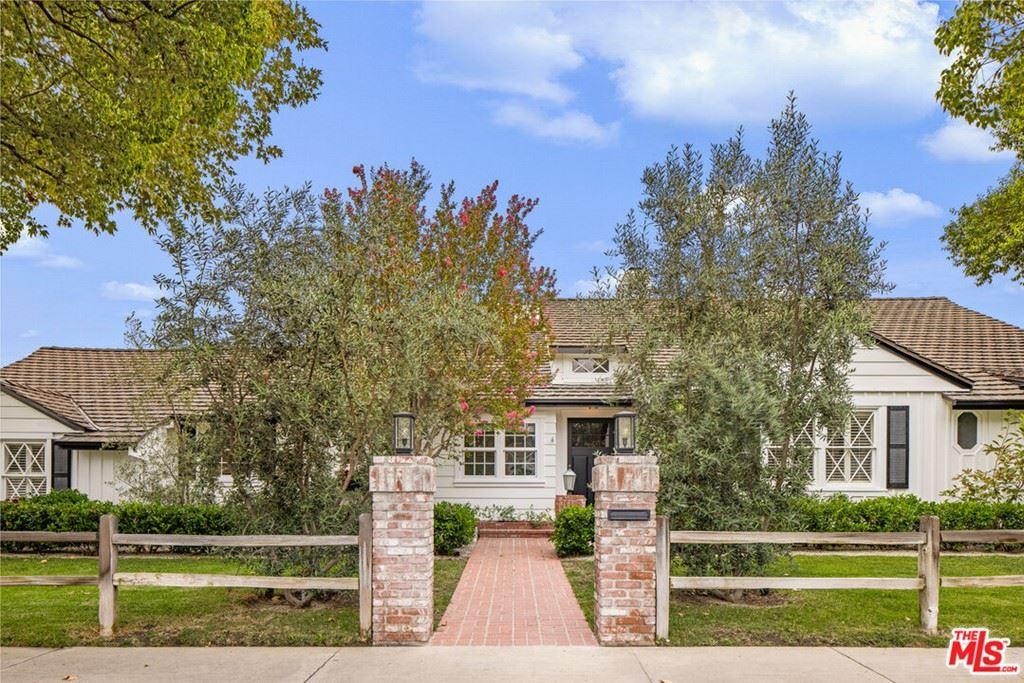 Photo for 12532 Sarah Street, Studio City, CA 91604 (MLS # 21786684)
