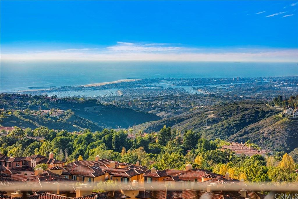 Photo of 4 Via Rubino, Newport Coast, CA 92657 (MLS # OC21014684)
