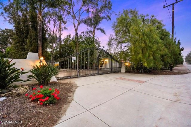 Photo of 13375 Broadway Road, Moorpark, CA 93021 (MLS # 221002685)