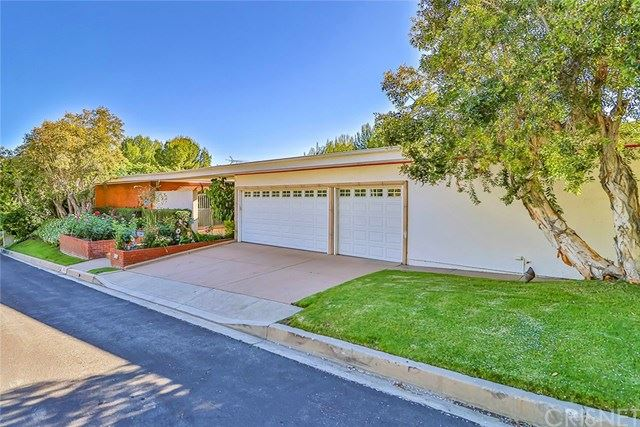 Photo of 4273 Clear Valley Drive, Encino, CA 91436 (MLS # SR20098685)