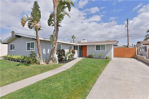 Photo of 926 S Agate Street, Anaheim, CA 92804 (MLS # PW21044686)