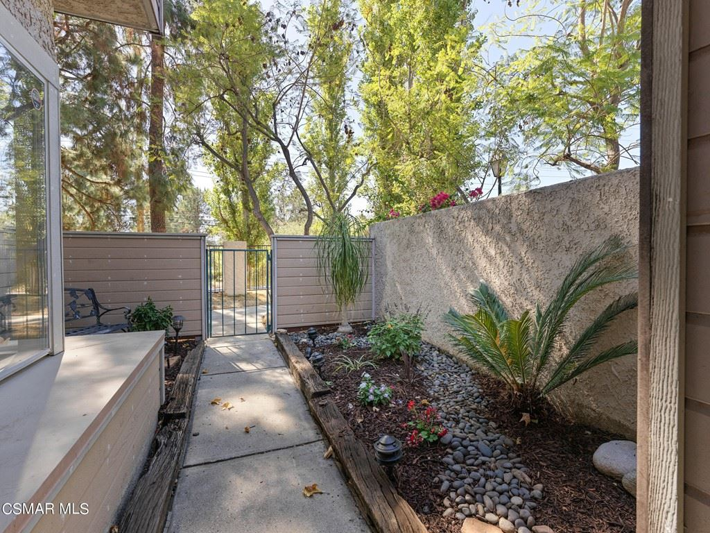 Photo of 73 Via Colinas, Westlake Village, CA 91362 (MLS # 221005686)