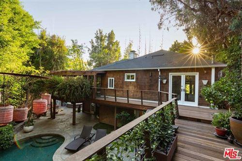 Photo of 2715 La Cuesta Drive, Los Angeles, CA 90046 (MLS # 20625688)