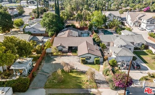 Photo of 18053 Erwin Street, Encino, CA 91316 (MLS # 21737688)