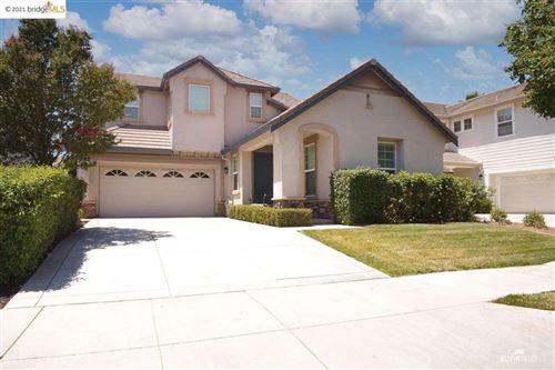 Photo of 861 Larkspur Ln, Brentwood, CA 94513 (MLS # 40968688)