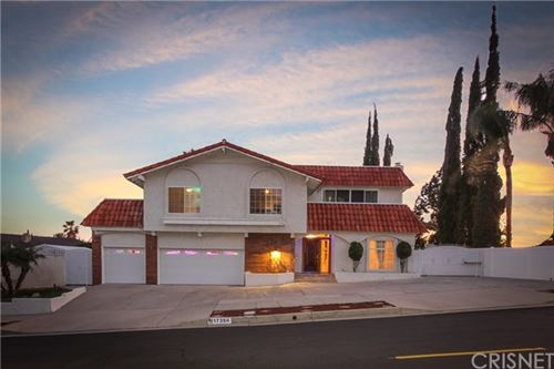 Photo of 17356 Westbury Drive, Granada Hills, CA 91344 (MLS # SR20090688)