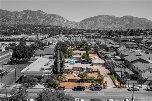 Photo of 13148 Gladstone Avenue, Sylmar, CA 91342 (MLS # SR21205688)