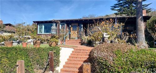 Photo of 1640 Hillcrest Drive, Laguna Beach, CA 92651 (MLS # OC21010689)