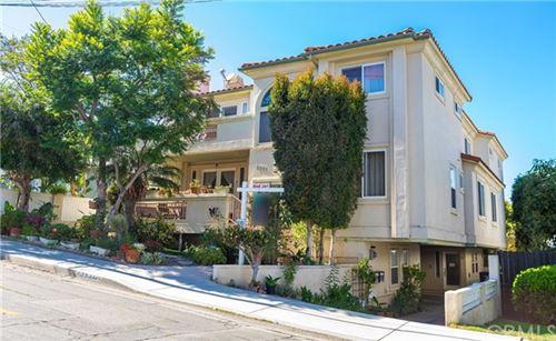 Photo of 2521 Gates Avenue #B, Redondo Beach, CA 90278 (MLS # SB20108689)