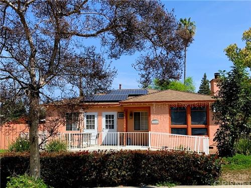 Photo of 5504 Fallbrook Avenue, Woodland Hills, CA 91367 (MLS # SR21079689)