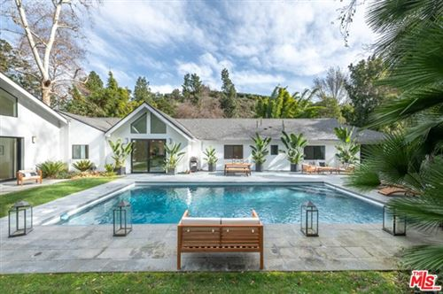Photo of 2511 BENEDICT CANYON Drive, Beverly Hills, CA 90210 (MLS # 20609690)