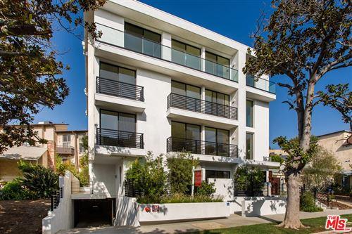 Photo of 1621 MALCOLM Avenue, Los Angeles, CA 90024 (MLS # 21675690)