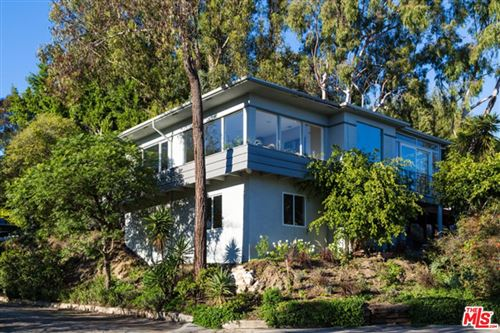 Photo of 1438 Davies Drive, Beverly Hills, CA 90210 (MLS # 21699690)