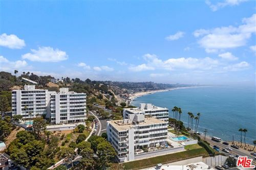 Photo of 17368 W Sunset Boulevard #304A, Pacific Palisades, CA 90272 (MLS # 21754690)