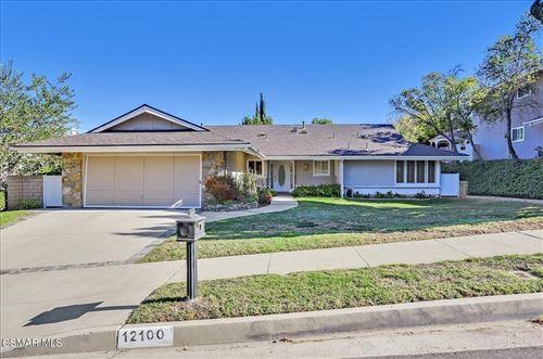 Photo of 12100 Bowmore Avenue, Northridge, CA 91326 (MLS # 221005690)