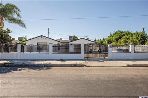 Photo of 7609 Atoll Ave Avenue, North Hollywood, CA 91605 (MLS # 320007690)
