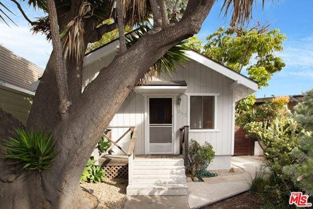 Photo of 842 CALIFORNIA Avenue, Venice, CA 90291 (MLS # 21694690)